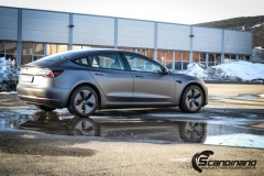 Tesla model 3 helfoliert med 3M Matt Dark Grey_-2