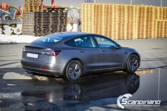 Tesla model 3 helfoliert med 3M Matt Dark Grey_-6