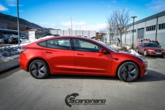 Tesla Model 3 helfoliert med Dragon Fire Red fra 3M , Chrome delete-13