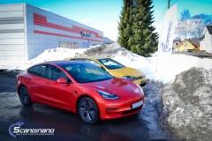 Tesla Model 3 helfoliert med Dragon Fire Red fra 3M , Chrome delete-16