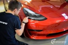 Tesla Model 3 helfoliert med Dragon Fire Red fra 3M , Chrome delete-3