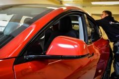 Tesla Model 3 helfoliert med Dragon Fire Red fra 3M , Chrome delete-4