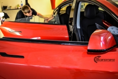 Tesla Model 3 helfoliert med Dragon Fire Red fra 3M , Chrome delete-6