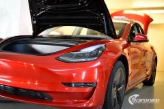 Tesla Model 3 helfoliert med Dragon Fire Red fra 3M , Chrome delete-7