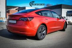 Tesla Model 3 helfoliert med Dragon Fire Red fra 3M , Chrome delete-9