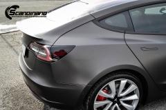 Tesla Model 3 helfoliert i fargen Matt Diamond Black pwf --11