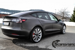 Tesla Model 3 helfoliert i fargen Matt Diamond Black pwf --4