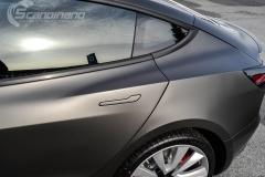 Tesla Model 3 helfoliert i fargen Matt Diamond Black pwf --8