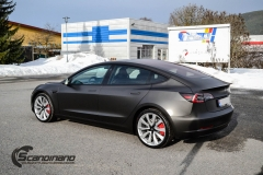 Tesla Model 3 helfoliert i fargen Matt Diamond Black pwf --9
