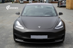 Tesla Model 3 helfoliert med Matt Diamond Black fra PWF-6