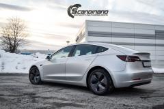 Tesla Model 3 helfoliert med Satin Silver Metallic fra 3M-14