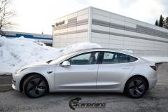 Tesla Model 3 helfoliert med Satin Silver Metallic fra 3M-6