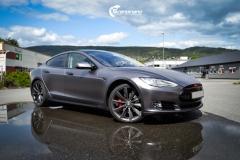 Tesla Model S foliert med Satin Dark Grey ,Solfilm Astolpe, Chrome delete -10