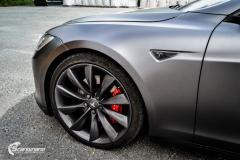 Tesla Model S foliert med Satin Dark Grey ,Solfilm Astolpe, Chrome delete -5