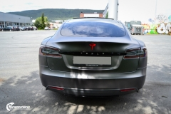 Tesla Model S foliert med Satin Dark Grey ,Solfilm Astolpe, Chrome delete -9