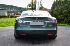 Tesla Model S helfoliert med Matt Smaragd fra PWF-3