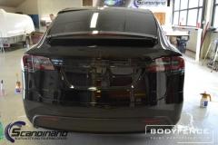 Tesla-Model-X-foliert-i-MATT-LAKKBESKYTTELSESFILM-fra-HEXIS-3