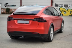 Tesla-model-X-Helfoliert-i-Anodized-red-2.0-fra-PWF-4