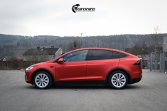 Tesla-model-X-Helfoliert-i-Anodized-red-2.0-fra-PWF-6