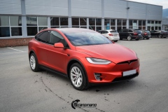 Tesla-model-X-Helfoliert-i-Anodized-red-2.0-fra-PWF-9