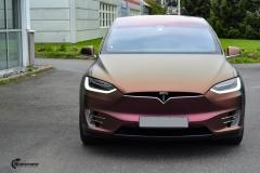 Tesla Model X helfoliert med CC4210 Matt Sparkling Berry fra PWF (11 из 12)