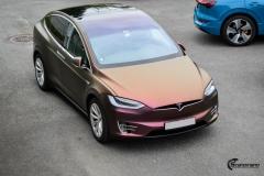 Tesla Model X helfoliert med CC4210 Matt Sparkling Berry fra PWF (12 из 12)
