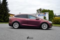 Tesla Model X helfoliert med CC4210 Matt Sparkling Berry fra PWF (4 из 12)