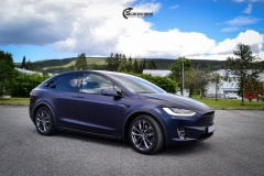 Tesla Model X helfoliert med Matt Space Mugello fra PWF,Chrome delete, Solfilm