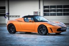 Tesla Roadstar foliert i orange Scandinano_-9