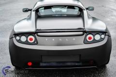 Tesla roadster foliert i matt diamond black mett pwf-2