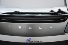 Tesla roadster foliert i matt diamond black mett pwf-6