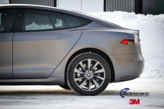 Tesla S foliert i Matt Dark Grey  (5 of 17)
