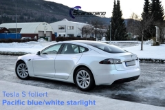 tesla-s-foliert-i-pacific-bluewhite-starlight-6