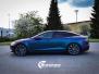 Tesla S foliert med rushing riptide