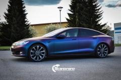 Tesla S foliert med rushing riptide Scandinano_-2