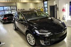 Tesla-X-foliert-i-Lakkbeskyttelsesfilm-fra-Hexis