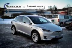 Tesla-X-foliert-i-MATT-LAKKBESKYTTELSESFILM