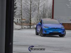 Tesla-X-Solfilm-interiør-lister-foliering_-12