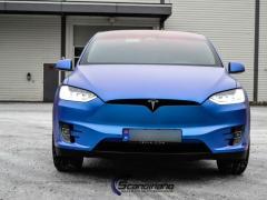 Tesla-X-Solfilm-interiør-lister-foliering_-2