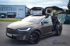 ny-tesla-model-x-foliert-i-matt-black-diamant-metallic-pwf-3