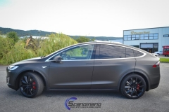 ny-tesla-model-x-foliert-i-matt-black-diamant-metallic-pwf-8