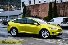 Tesla-X-foliert-i-Matt-Yellow-Flash-Mett-Scandinano_-7
