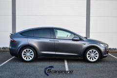Tesla X foliert med Satin Dark Grey Mettalic