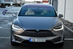 Tesla-X-foliert-i-Satin-Dark-Grey-Mettalic-Scandinano-5