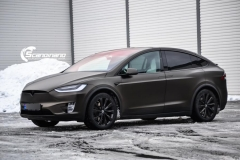 Tesla X foliert i Satin Gold Dust Black Scandinano-2