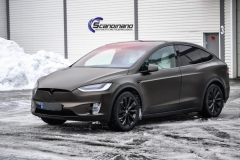 Tesla X foliert i Satin Gold Dust Black Scandinano-3