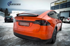 Tesla X foliert o Gloss Fiery Orange Scandinano-11