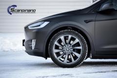 Tesla-X-Foliert-by-Scandinano_-3