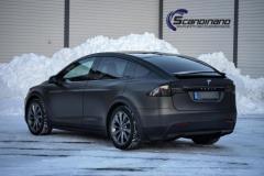 Tesla-X-Foliert-by-Scandinano_-4
