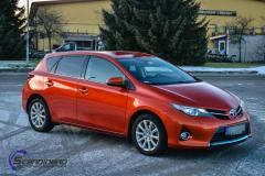 Toyota foliert med 3M Gloss Fiery Orange opprinelig farge er hvit